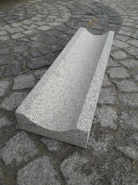 Granit Su Oluğu Taşı